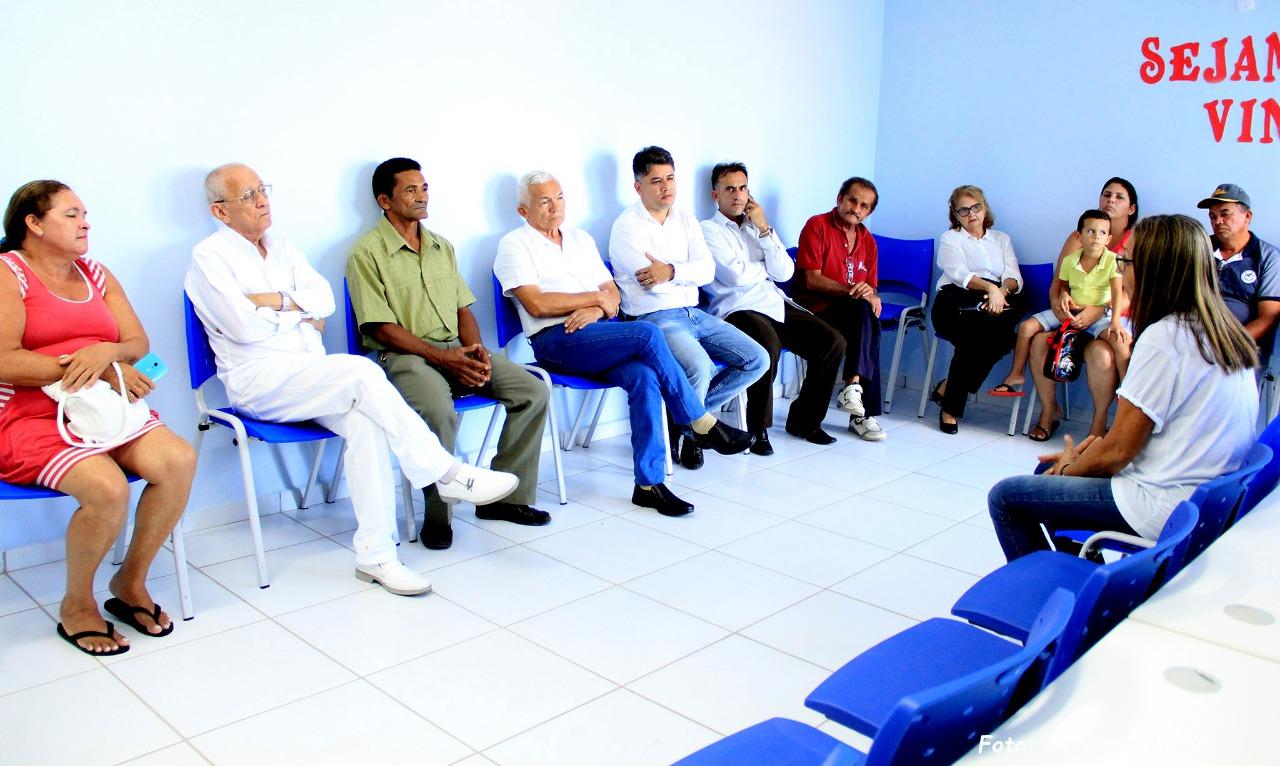 Resultado de imagem para Vereadores realizam fiscalização em Unidades de Saúde