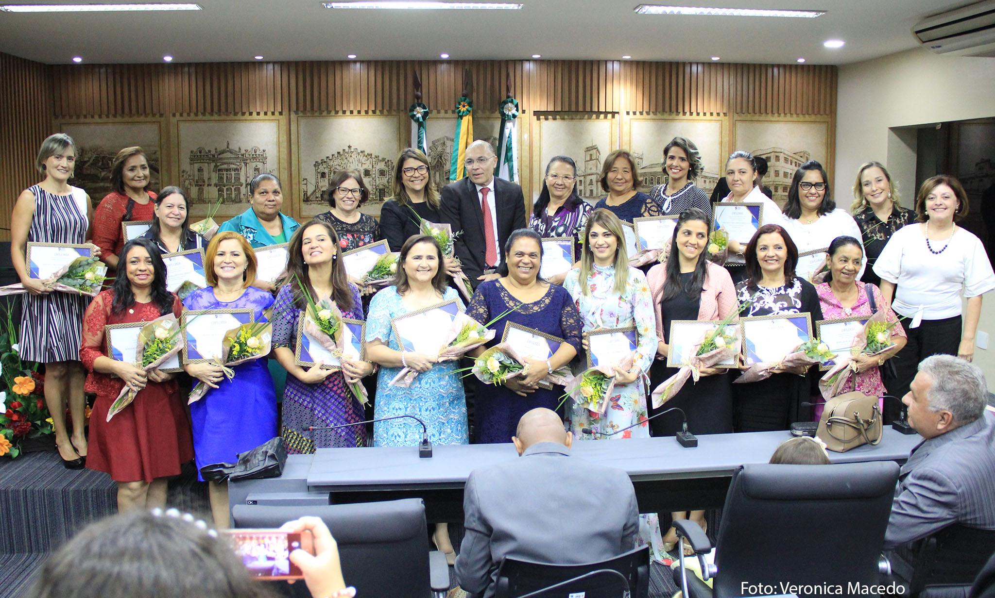 Resultado de imagem para Mulheres Cristãs Evangélicas de Natal são homenageadas pela Câmara