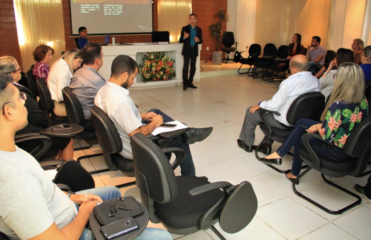 Resultado de imagem para Câmara promove capacitação em Gestão de Redes Sociais